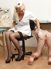 Nurse humiliates and tramples a beefy patient