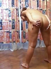 Corpulent nude bond-girl of a sport mistress
