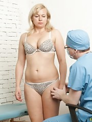 Fleshy blonde patient of a perverted male gynie