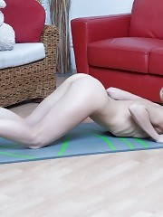 Willowy babe bending without clothes
