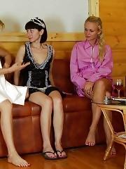 Two crazy gyno doctors examine a bathhouse maid